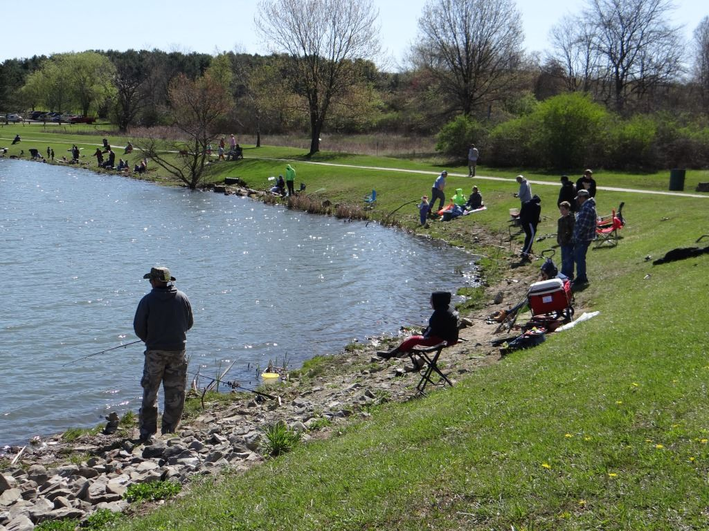 Free fishing derbies westmoreland county pa official for Fishing lakes in pa