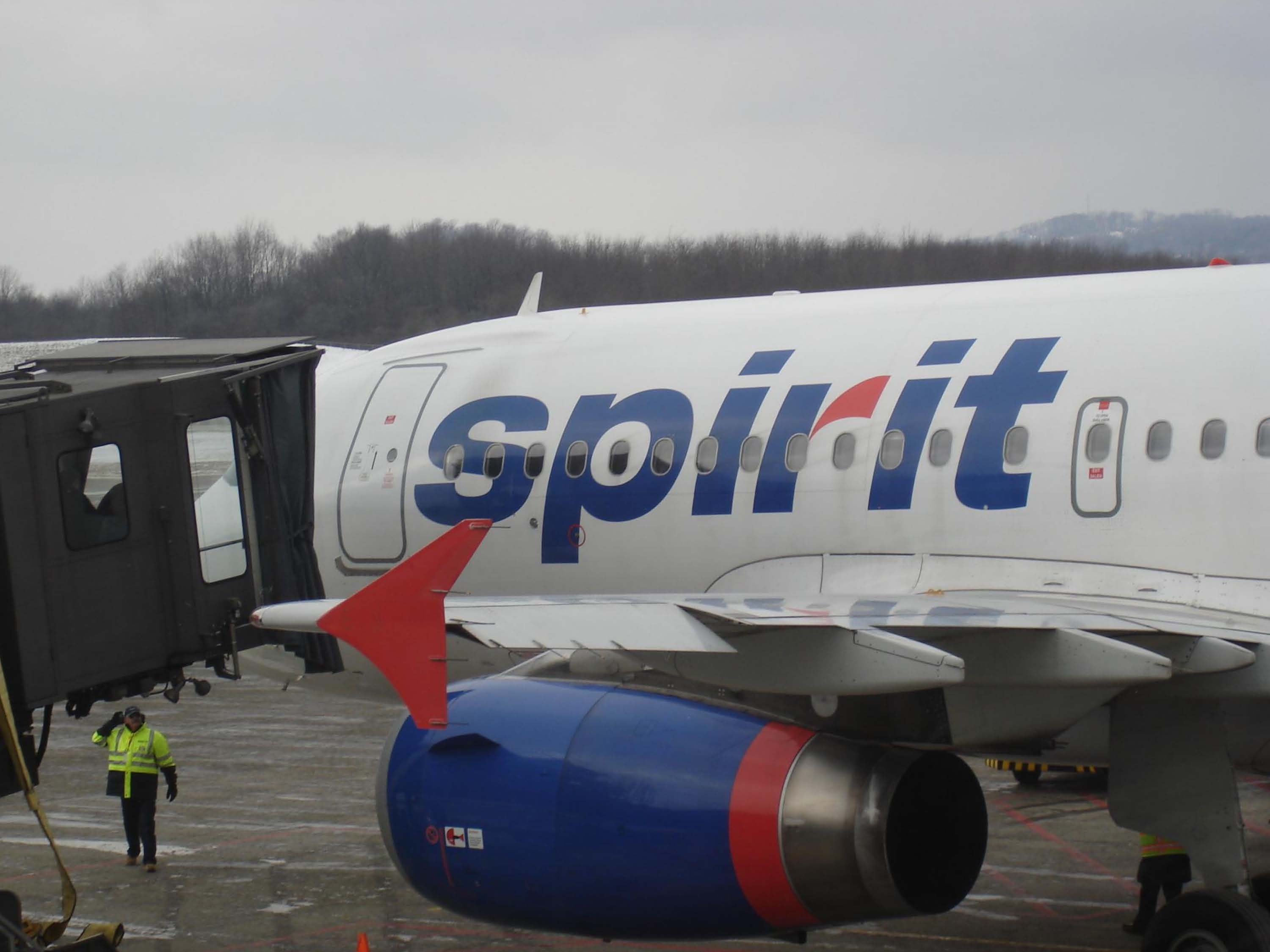 New Loading Ramp for Spirit Airlines